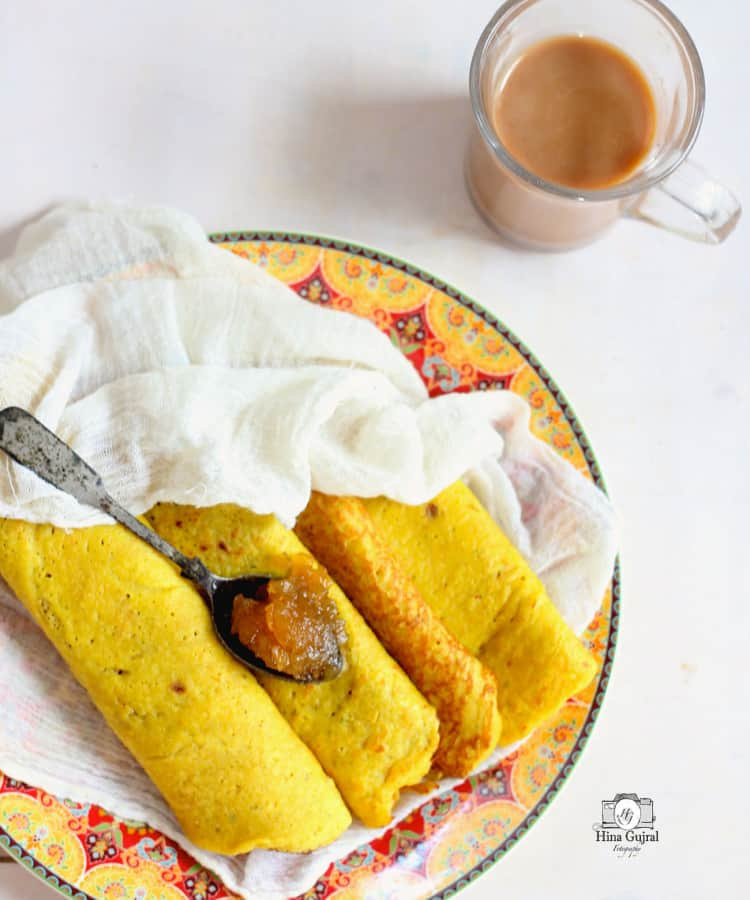 Oats and Moong Dal Chilla Recipe