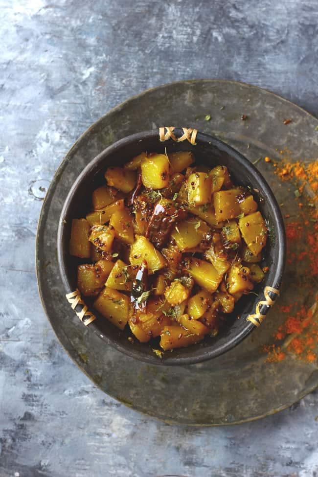 Khatta Meetha Kaddu is a delicious, gluten-free pumpkin side dish. Find how to make khatta meetha kaddu in few simple steps