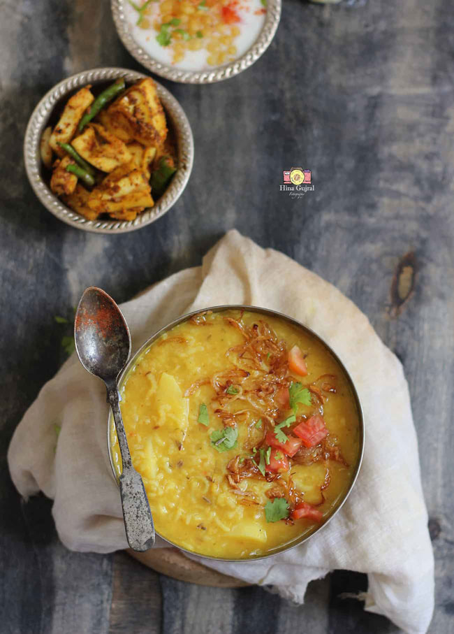 Dal Khichdi is an Indian style lentil and rice one-pot gluten-free, vegetarian dish.