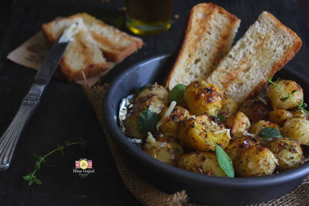 Garlic and Herb Roasted Potato Recipe