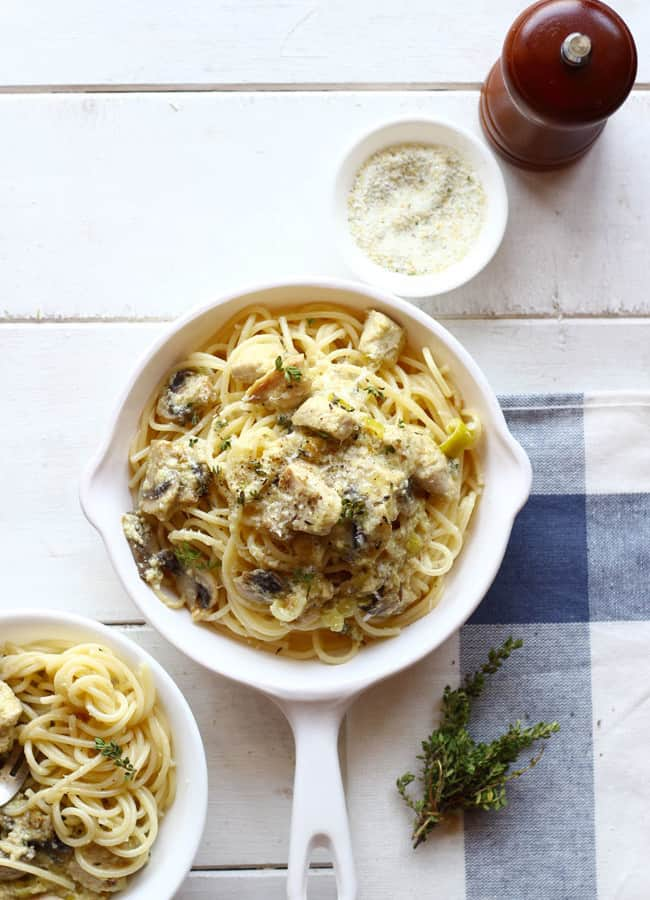 Chicken Stroganoff with Spaghetti is a delicious, one-pot pasta meal. Find how to make Chicken Stroganoff with Spaghetti in few simple steps