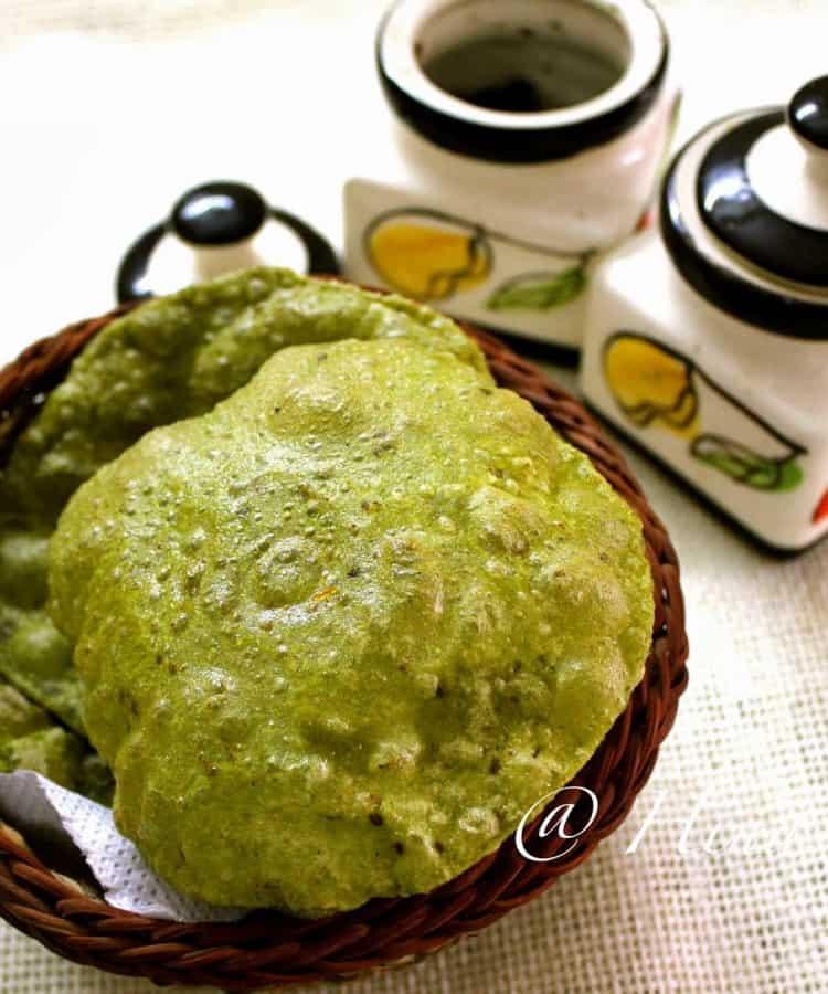 Spinach Puri Recipe