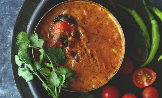 Bhune Tamatar Ki Chutney is a flavorsome summer affair from Uttar Pradesh, India. Find how to make perfect bhune tamatar ki chutney