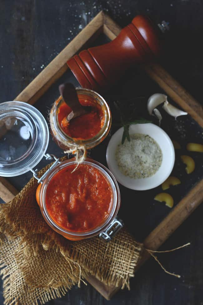 Delicious and versatile pizza/pasta sauce perfect for the homemadeItalian dishes like pizza and pasta. Find Pizza/Pasta Sauce Recipe