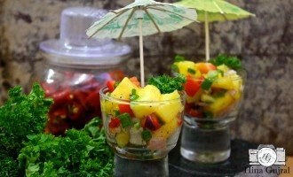 Mango and Red Pepper Salsa is the medley of colors and flavors. Find how to make mango and red pepper salsa in few simple steps