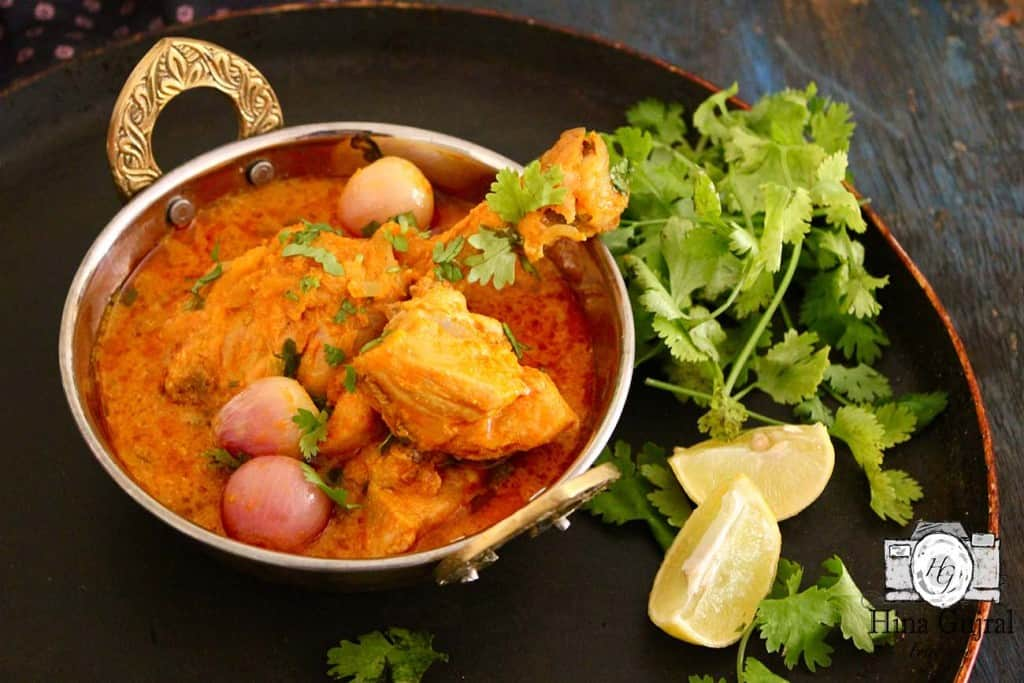 Chicken - Do - Pyaza has found a permanent place in the North Indian Cuisine and many of it's other versions have become a staple in Hyderabadi Cuisine.
