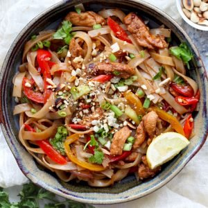 Chicken Pad Thai - one of the best way to eat rice noodles with tons of vegetables and chicken.