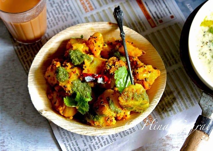 Pahadi Aloo Ke Gutke Recipe