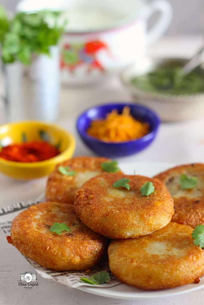 Aloo Tikki Chaat Recipe