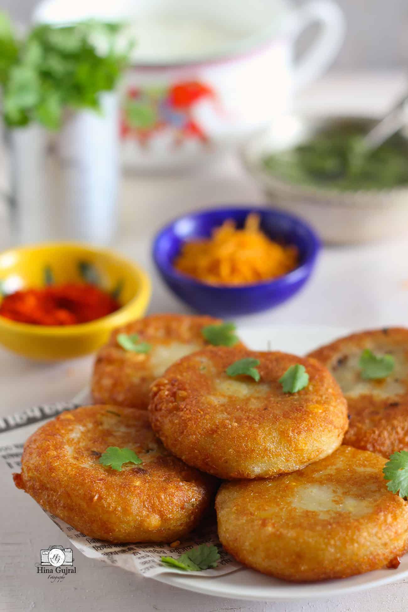 Aloo Tikki Chaat Recipe   How To Make Aloo Tikki   Crispy ...  Aloo