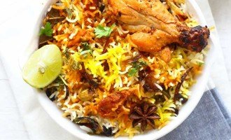 Who doesn't love a good, delicious homemade Chicken Biryani for lunch? Learn how to make biryani with leftover chicken curry in few minutes.