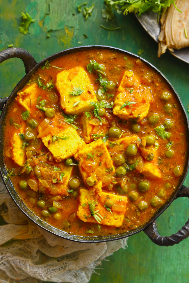 A delicious vegan Indian paneer curry