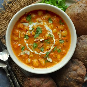 Why is this recipe super perfect for whatever form of fast Makhane Ki Sabzi (Video Recipe)