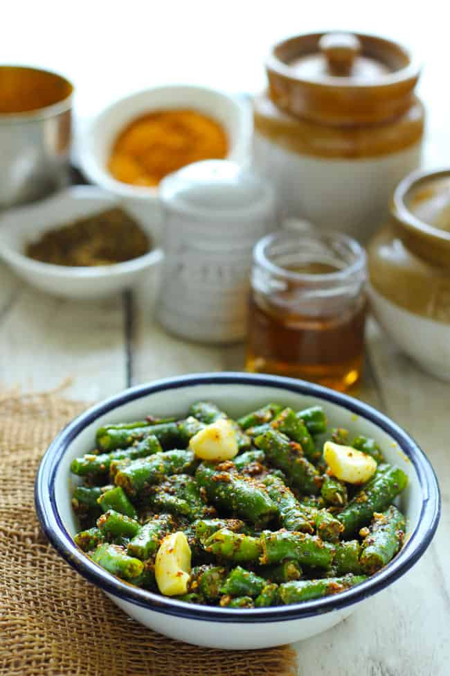 how to make green chilli pickle in north india