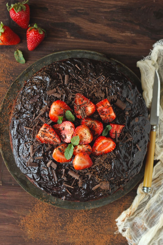 Best Eggless Chocolate Cake