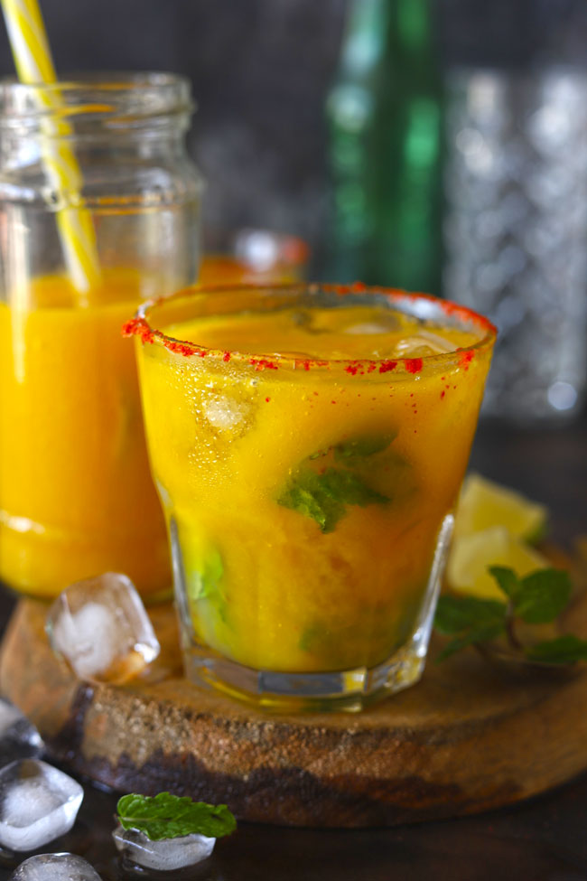 An alcohol free refreshing mango mojito