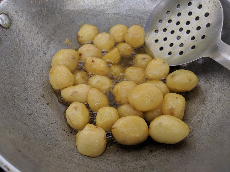Aloo Dum Cooking Steps