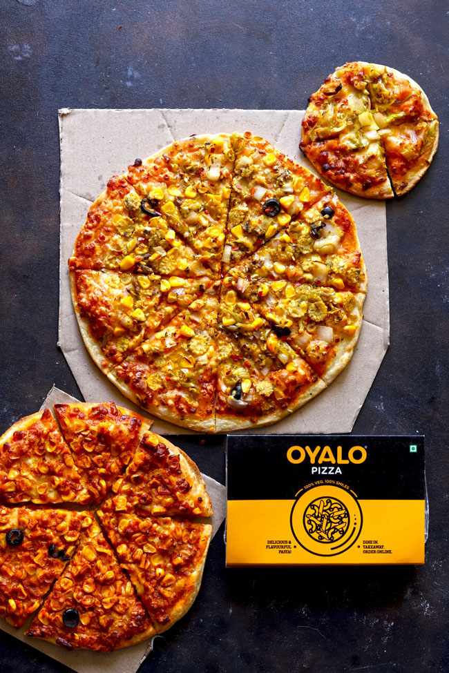 Oyalo Pizza crafted for you a range of delicious 100% vegetarian pizza for takeaway or home delivery.