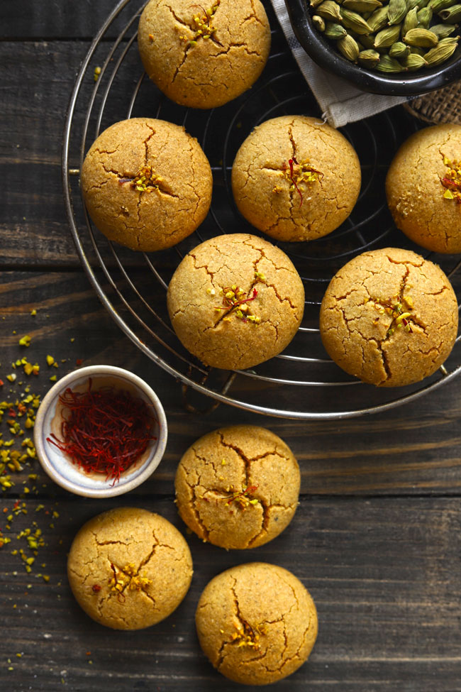 Light Brown Color Indian Cookies Nankhatai With Saffron On A Wire Rack
