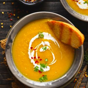 Roasted pumpkin soup is a hearty and filling, gluten-free vegan pumpkin soup.