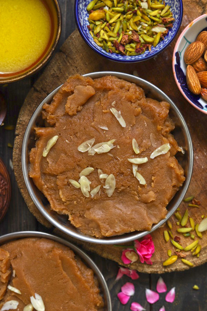 Indian Wheat Flour (Atta) Halwa Garnished With Sliced Almonds
