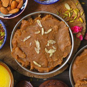Indian Wheat Flour Halwa (Atta Halwa) Garnished With Sliced Almonds