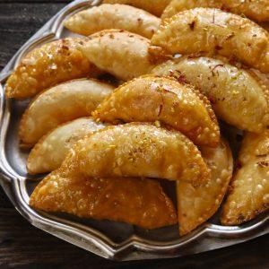 Holi Special Homemade Gujiya