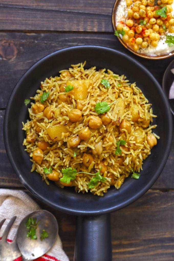 aerial shot of instant pot chana pulao