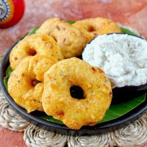 side close up shot of medu vada on a platter